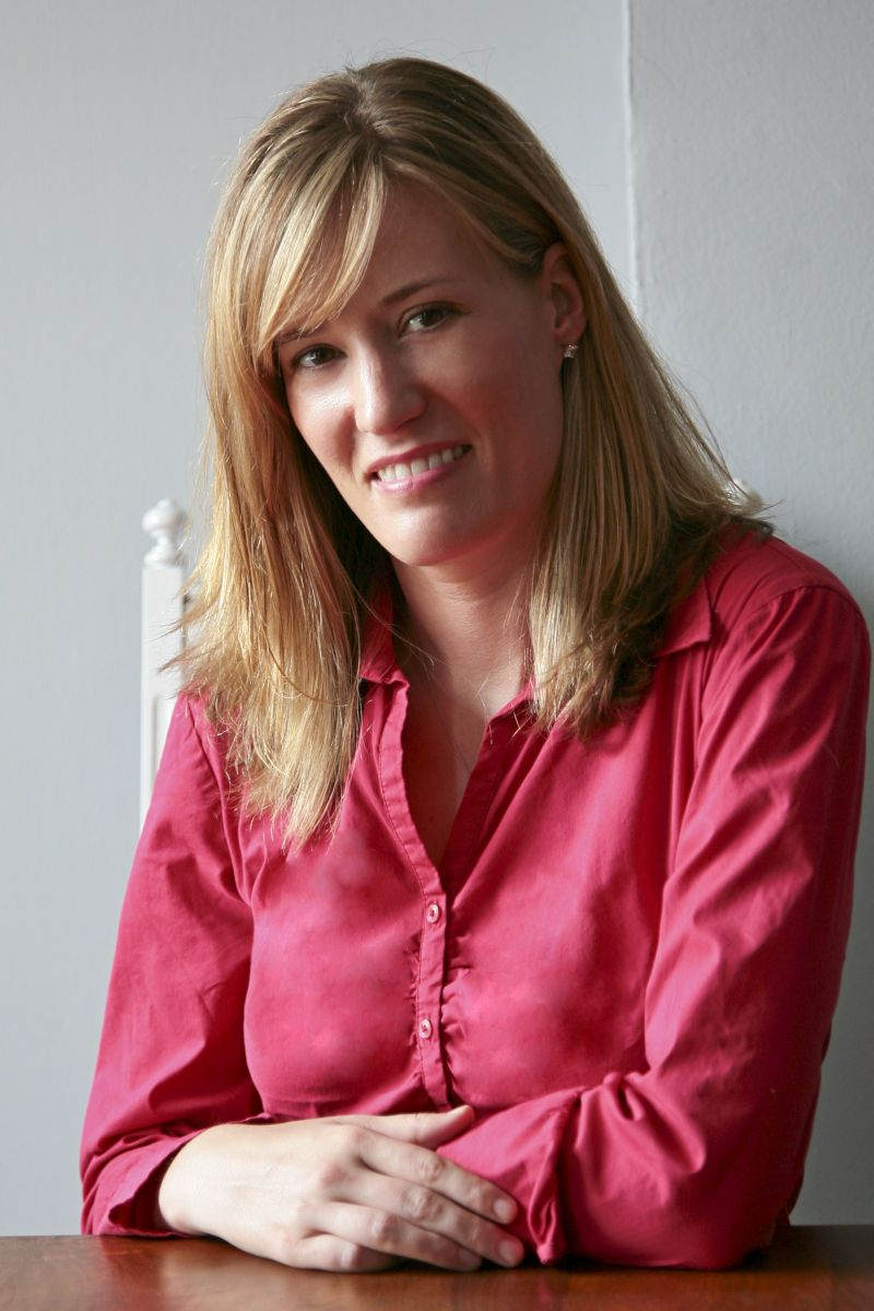 a profile image of Angela Crossman